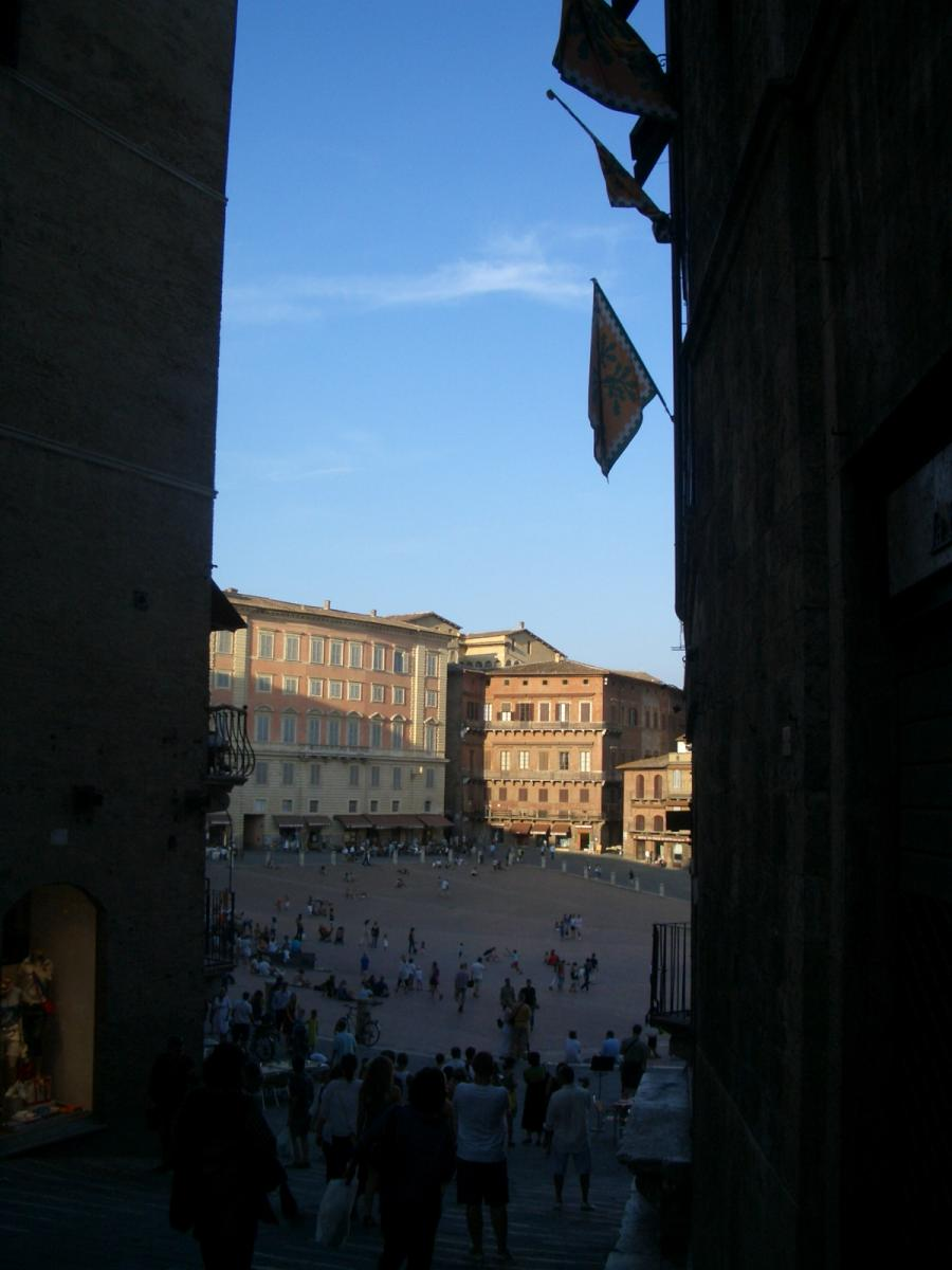 Siena - entering Piazza del Campo