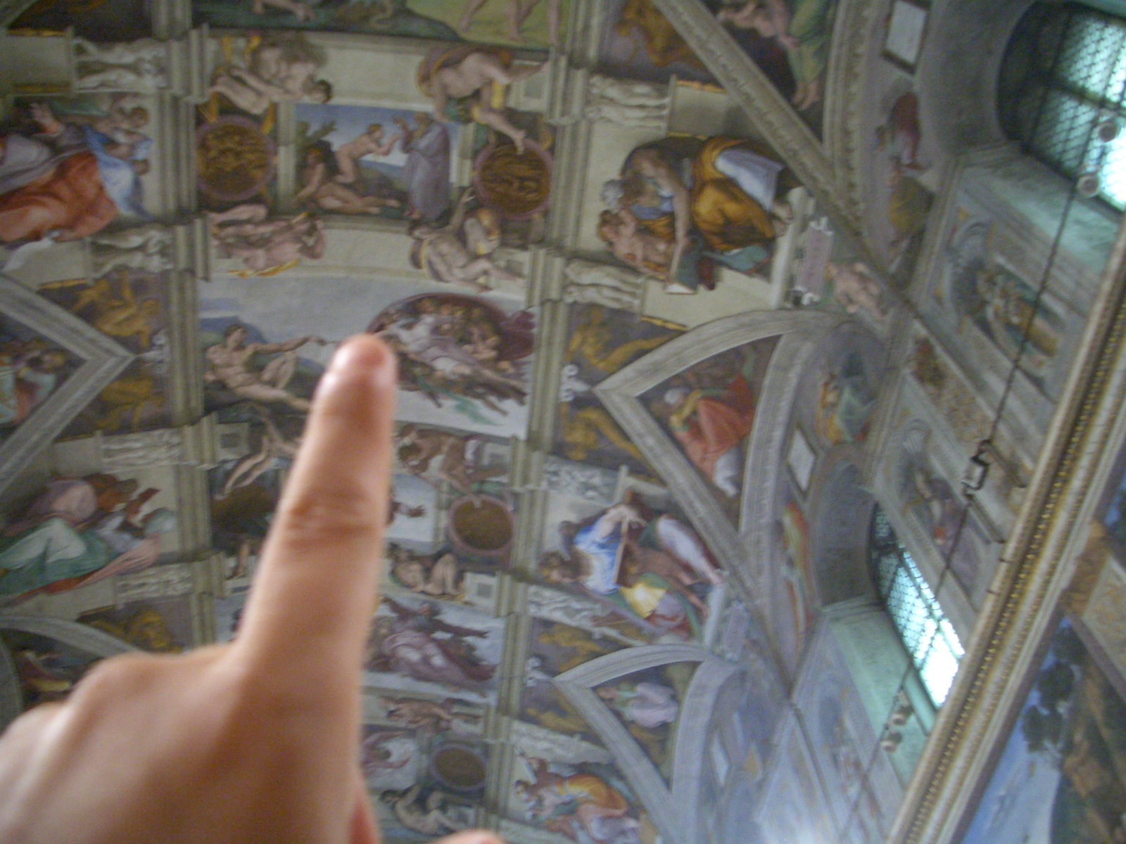 Vaticano - Musei Vaticani - Cappella Sistina - my poor attempt to create Adam