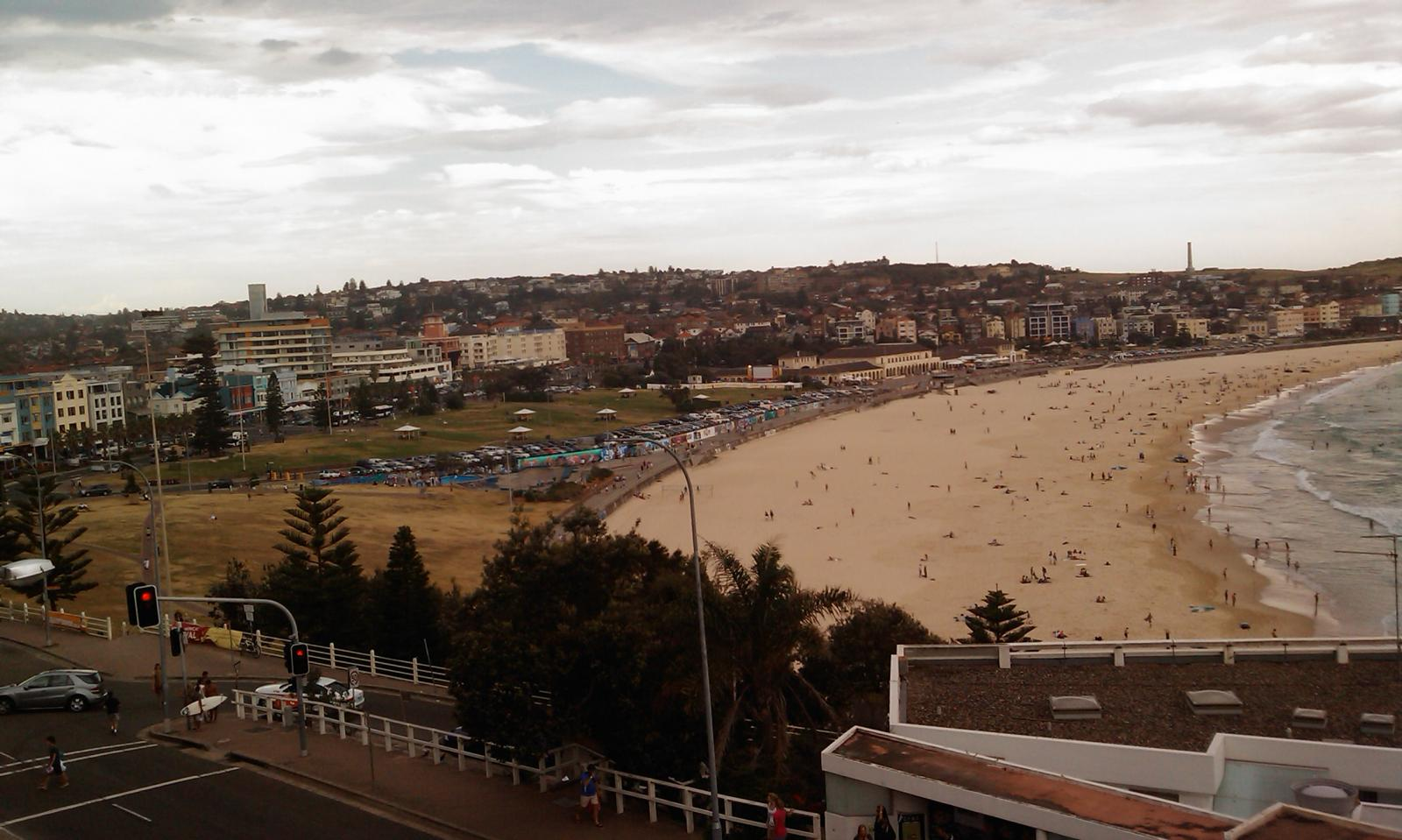 Sydney - Bondi Beach (view from our apartment)